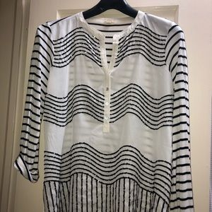 Anthropologie TINY sequined tunic top. Size M.